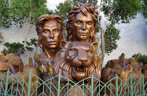 Siegfried Roy Bronze